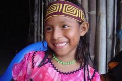 78. Petite fille Kunas