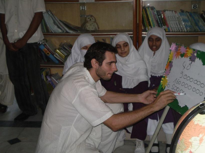 Au Pakistan